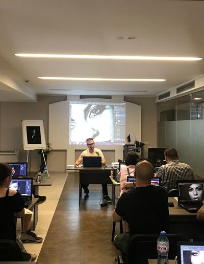 Samuel Zlatarev educates workshop attendees on his portrait and beauty photography workshop